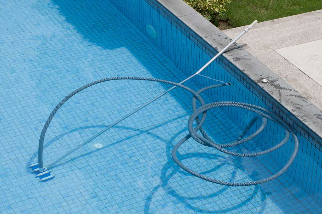Aqueous Pools Inc Pool Service